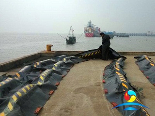 Wharfs Solid Floatation Rubber Oil Boom