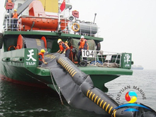 Harbor Inflatable Rubber Oil Containment Boom